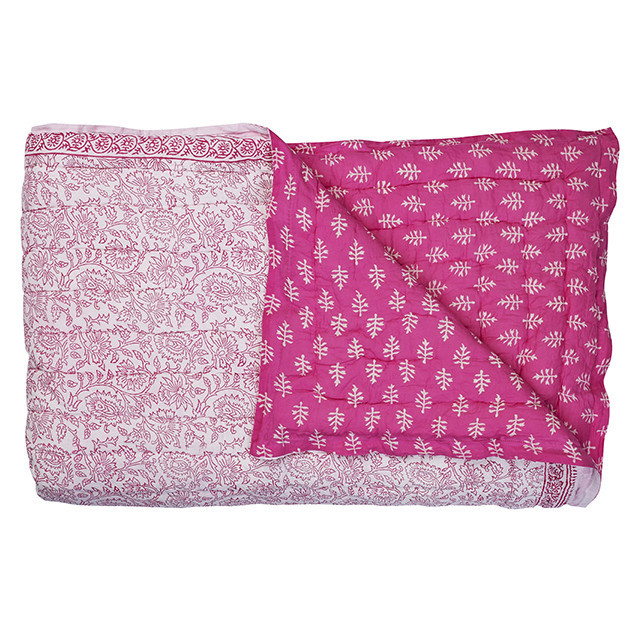 Harmony Cotton Quilt - Fuchsia: Harmony Quilt Fuchsia pink