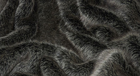 Arctic Wolf Faux Fur Throw - Nomads