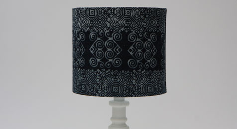 DRUM LAMPSHADE INDIGO BATIK CURLED PATTERN