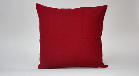 Linen Cushion Burgundy